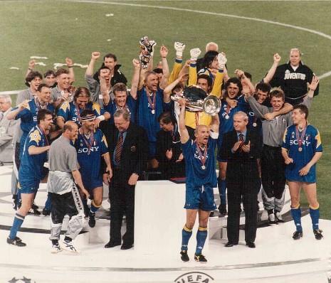 Juventus moderately assembling an average squad? - Page 6 Juventus-Champions_League_1996_